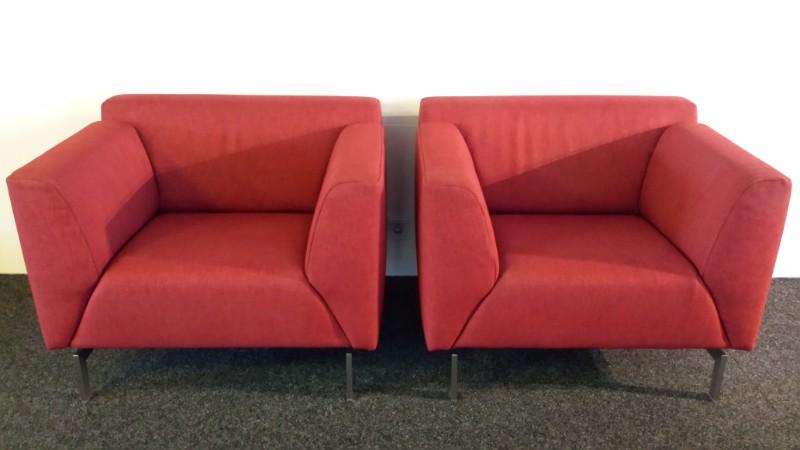 Rode stoffen rolf benz fauteuils for Rolf benz stoffe
